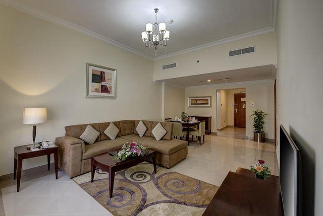 روز جاردن للشقق الفندقية البرشاء افضل مكان للسكن في دبي للعائلات