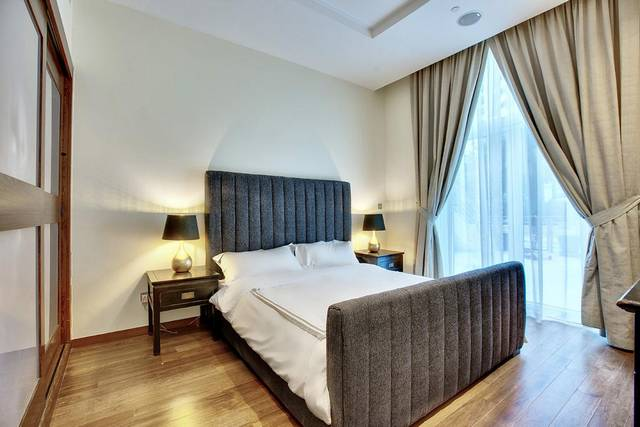 تقريرنا يجيب عن تساؤلات الكثير عن هل يوجد شقق فندقية في جزيرة النخلة دبي ذات خدمات جيدة