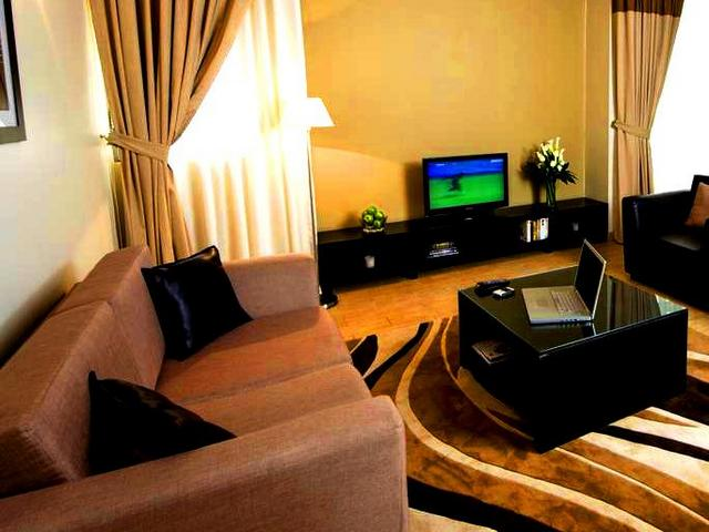 تتنوع المرافق في الشقق الفندقية في شارع الشيخ زايد