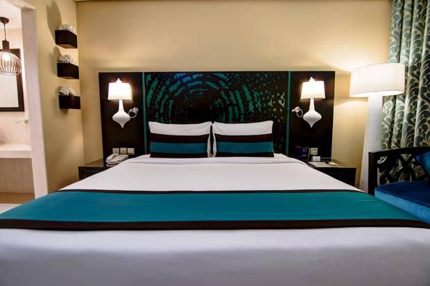 فندق سيجنتشر البرشاء دبي
