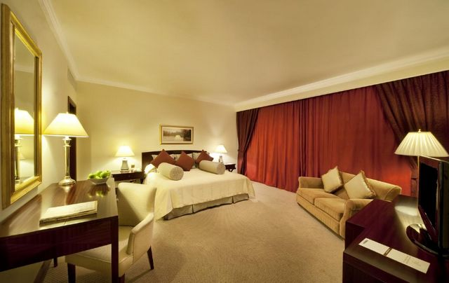 يُمكنك مُتابعة مقالنا للتعرف على افضل فنادق عائلية في دبي