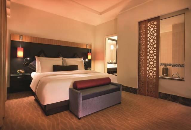 فندق موفنبيك ابن بطوطة أهم الفنادق التي تصلح للعائلات كونه يضم مسبح للأطفال، وغرف عائلية واسعة