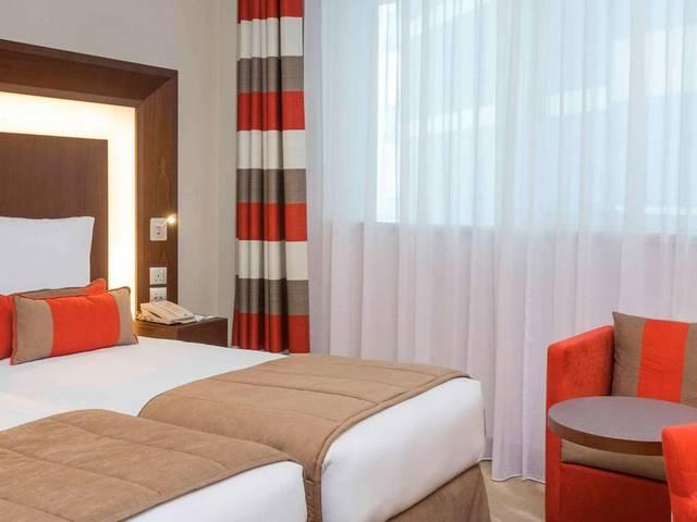 يتميز فندق نوفوتيل البرشاء دبي بالغرف الواسعة التي تصلح للعوائل ومنطقة ألعاب داخلية