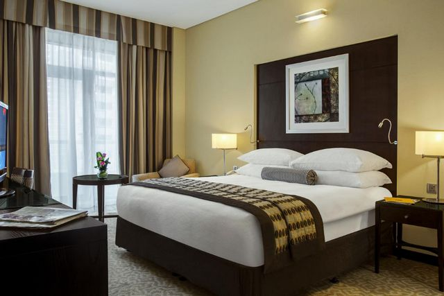 فندق تايم دبي البرشاء من فنادق دبي 4 نجوم الني ننصح بها للسكن في دبي