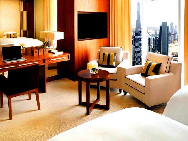 بعض خيارات السكن عن الحجز للإقامة في قنادق دبي