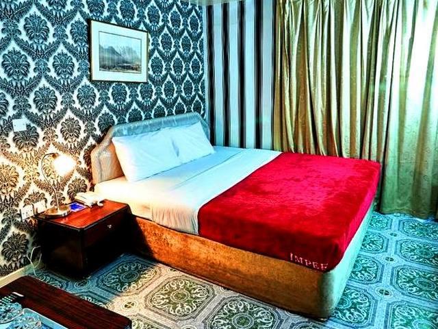 تتميز غرف فندق الغرب دبي بتجهيزاتٍ متكاملة