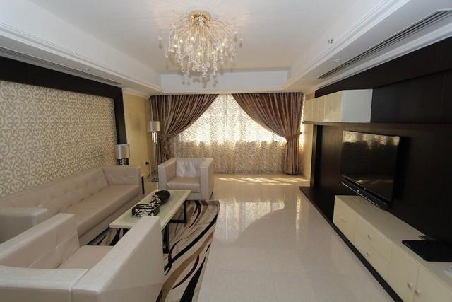 تنتشر العديد من شقق فندقية في دبي البرشاء لاستقطاب أكبر عدد من الزائرين