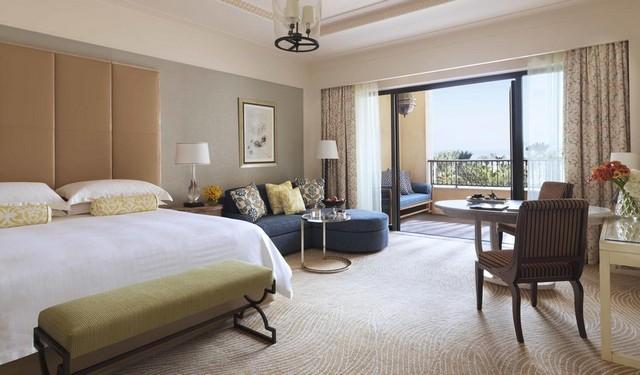 فور سيزونز دبي جميرا من أرقى فنادق الجميرا دبي حيث يقدم عدد كبير من الخدمات والمرافق