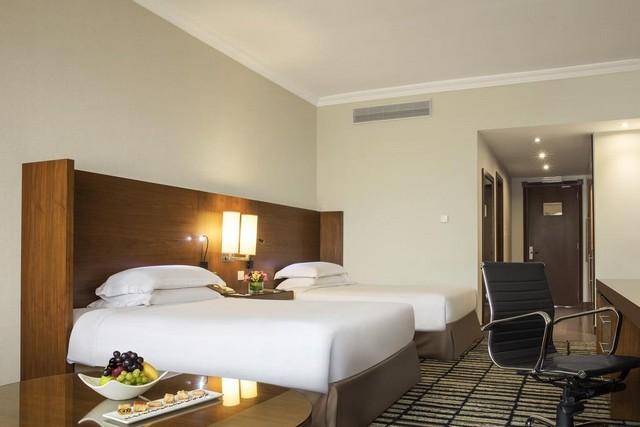 فندق جميرا روتانا دبي يمنحكم المرح والإقامة الهانئة فهو من أحلى فنادق جميرا في دبي