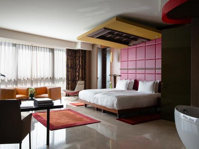 جميرا فندق الخور أحد أفخم فنادق قريبة من مطار دبي
