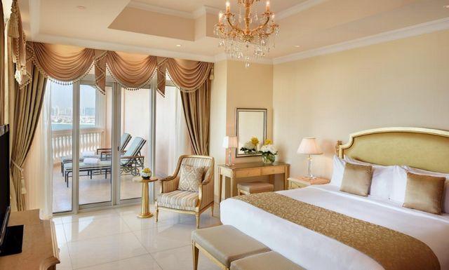 افخم فندق في  دبي