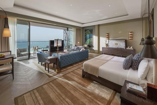 فندق مندرين اورينتال دبي يوفر فرصة السكن المُريح حيث يُعد أحد أجمل فنادق في لامير دبي