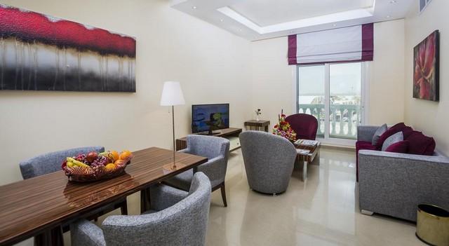 يتمتع فندق ذا فيو البرشاء دبي بديكوراته الفخمة