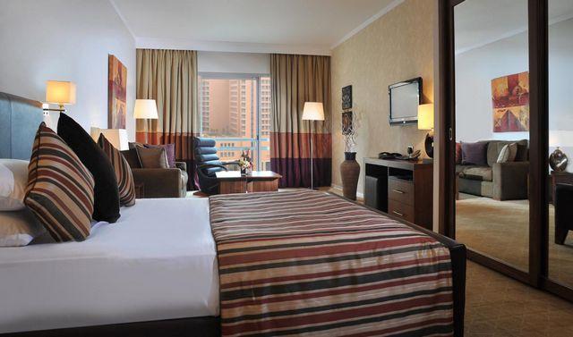 قائمة افضل فنادق الجيزة 4 نجوم التي تكفل لك الراحة في غرف فسيحة