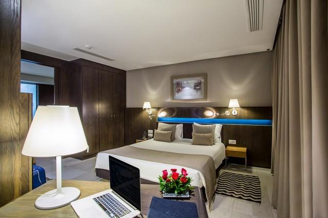 تعرّف على فنادق 4 نجوم في تونس العاصمة فاخرة.