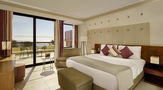 فندق كورال سي سنستوري شرم الشيخ يُعد فندق شرم الشيخ 5 نجوم الأفضل من حيث الإطلالات.