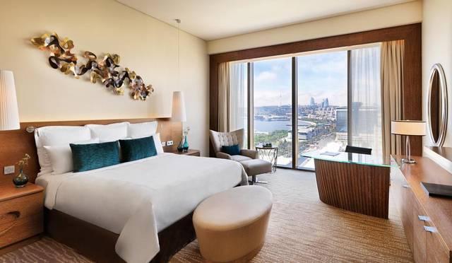 يُعد فندق جيه دبليو ماريوت أبشيرون باكو من افضل فنادق باكو على البحر