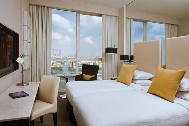 يتميز فندق سنترو بموقع جيد وإطلالة رائعة