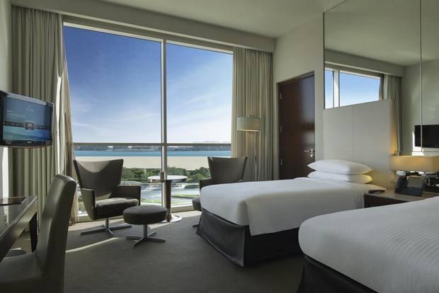 اسعار الفنادق في ابوظبي 3 نجوم تتفاوت ولكن فندق سنترو جزيرة ياس يقدم خيار مميز