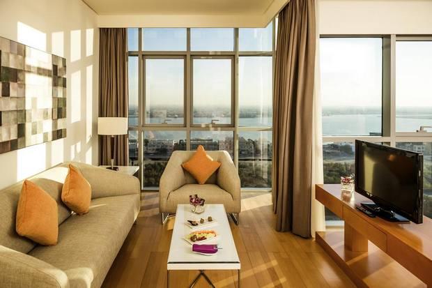 من أفضل الفنادق في أبوظبي فئة 3 نجوم يوفر خيارات ترفيه ومرافق متنوعة