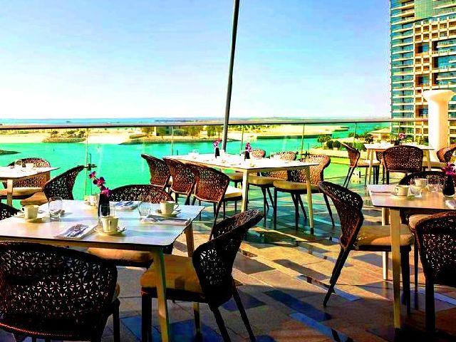 تضم افضل فنادق ابوظبي للشباب عدة مرافق مميزة مع خدماتٍ شاملة لكافة احتياجات المسافرين