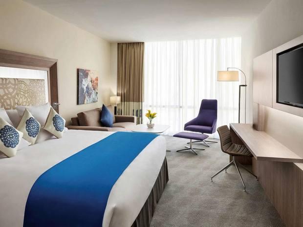 عند حجز فنادق جده شارع التحليه يعد فندق نوفوتيل خيار رائع بتصميم راق وخدمات متنوعة