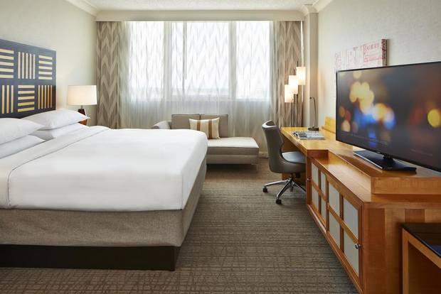 افضل فنادق في اورلاندو يتميز بموقع قريب من المطار