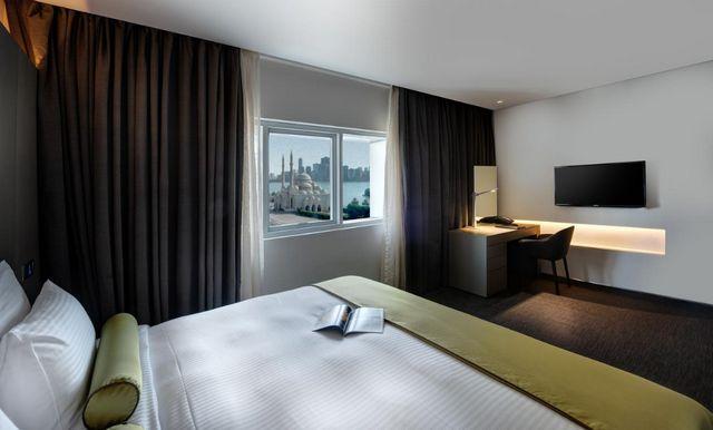 في ضوء ما طرحتموه من أسئلة حول الإقامة في فنادق الشارقة نقوم بالإجابة عليكم ونُقدم افضل فنادق الشارقة المُرشحة من قِبلنا