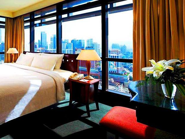 تتمتّع عِدّة فنادق في كوالالمبور شارع العرب بإطلالاتٍ مُميزة.