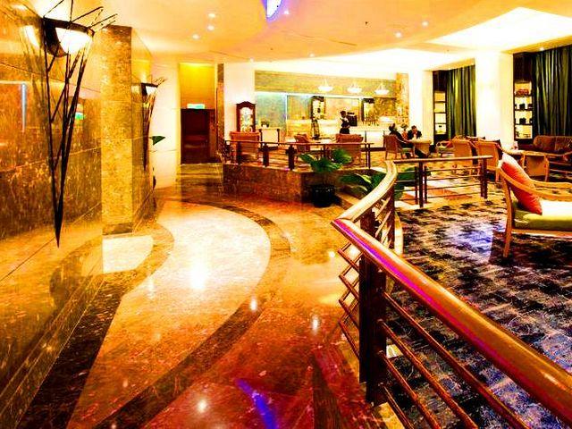 تضم غُرف فنادق ماليزيا كوالالمبور شارع العرب كافة المستلزمات التي قد يحتاجها المسافرين.