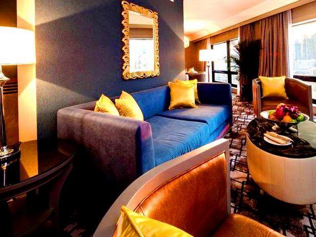 توفر الفنادق في كوالالمبور شارع العرب عدة جلساتٍ مريحة وهادئة بإطلالاتٍ مميزة