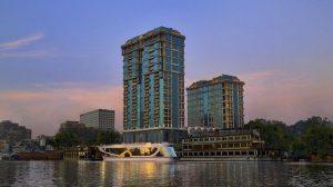 تتميز فنادق القاهرة 5 نجوم على النيل بمبناها الفاخر