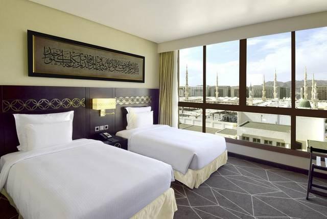 فندق بولمان زمزم المدينة من الفنادق التي تضم فريق عمل احترافي بين ليختاره السُيّاح عند حجوزات فنادق المدينة
