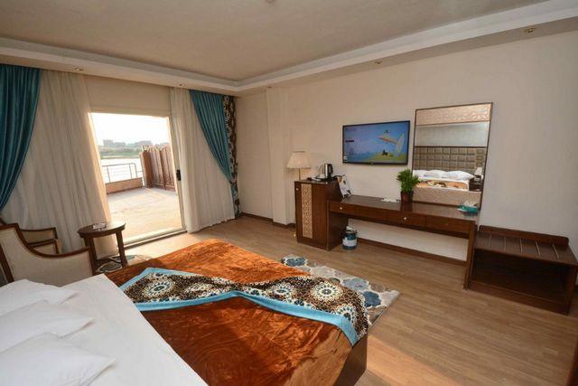 تضم فنادق وسط البلد بالقاهرة رخيصة غرف بديكورات راقية عصرية
