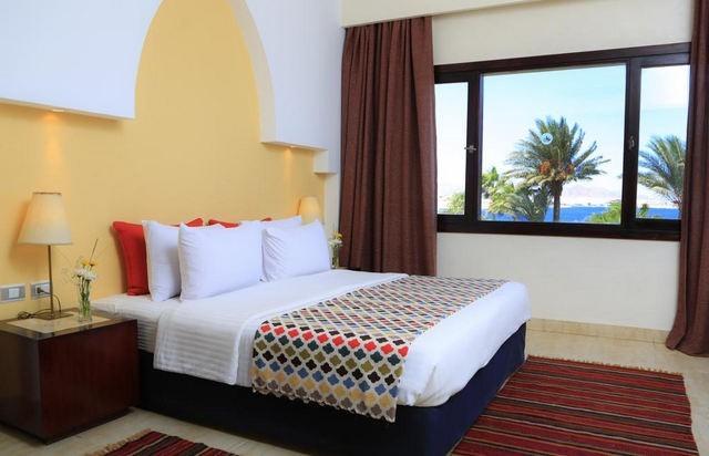 فندق لابراندا من فنادق شرم الشيخ 4 نجوم التي تُقدّم إطلالات رائعة على البحر.