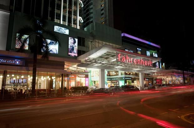 فندق فهرنهايت في كوالالمبور يتميز بموقع جيد في شارع العرب