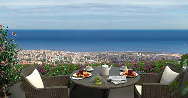 استمتع بالمنظر الرائع من أعلى التلة في منتزه فتحي باشا اسكودار اسطنبول