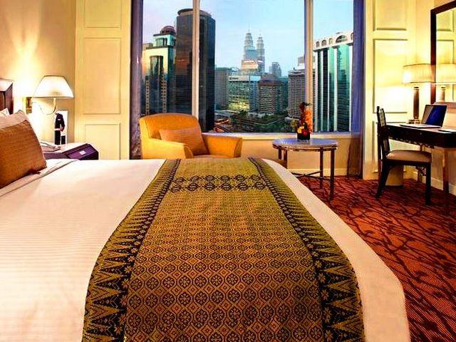 تأكد عند حجز فنادق كوالالمبور شارع العرب من أسعار الخدمات والمرافق التي يوفرها