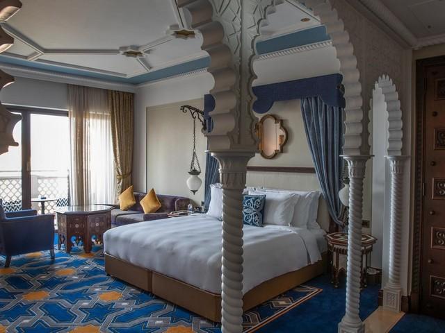 فندق القصر دبي يتميّز بكونه واحد من أشهر سلسلة فندق جميرا دبي