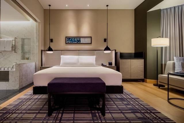 يضم هيلتون كوالالمبور  خدمات عديدة مما يجعله الخيار الأمثل بين فنادق كوالالمبور 5 نجوم