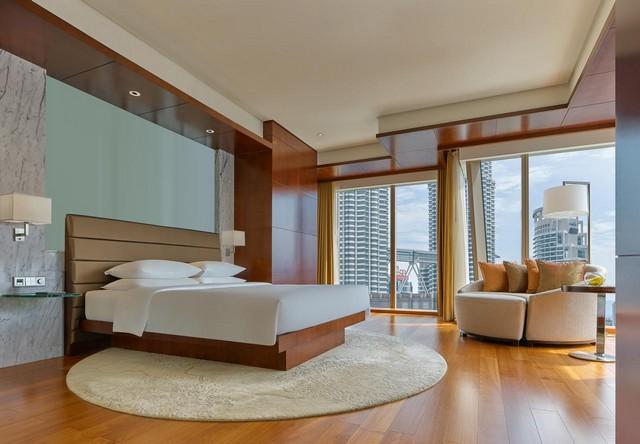 يُعد فندق جراند حياة افضل فندق في كوالالمبور اجتمعت به كل المزايا من موقع، خدمات، مرافق وخيارات إقامة مُمتازة.