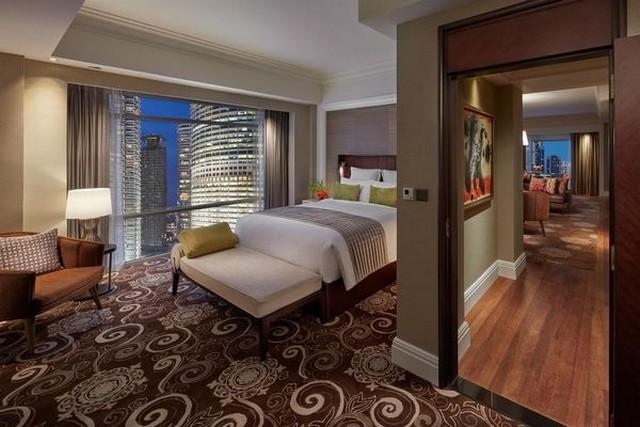 يتميّز فندق ماندرين كوالالمبور بإطلالات رائعة وتصاميم فاخرة للغرف ما جعل البعض يعتبره أفضل فندق في كوالالمبور