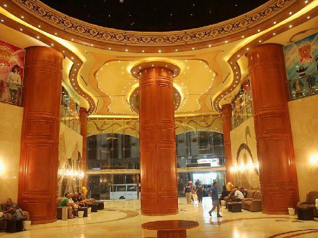 إطلالة مدخل فندق الارض المتميزة مكة المكرمة الفخمة والأنيقة