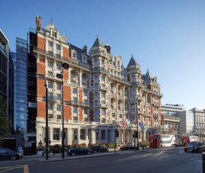تُعد اجمل فنادق لندن ذات فخامة ورقي