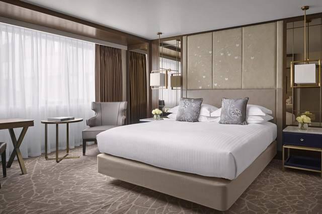 يُعد فندق انتركونتيننتال من اجمل فنادق لندن لضمه خدمات عديدة مما يجعله الخيار الأمثل