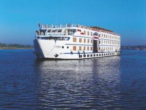 مركب موڤنبيك رويال لوتس في رحلة بحرية لا تنسى عبر النيل بين الاقصر واسوان
