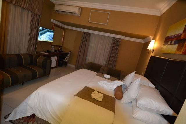 تهتم فنادق حي الفلاح بالرياض براحة ورفاهية الضيوف