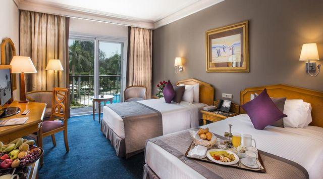 تضم فنادق مدينة نصر 5 نجوم غرف عصرية فسيحة