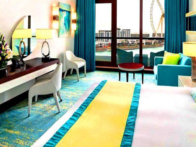 يقع فندق جيه ايه اوشن فيو ضمن منطقة قريبة من الخدمات والعديد من معالم السياحة في دبي