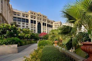 فندق بلازو فيرساتشي دبي من فنادق دبي خمس نجوم المُميزة